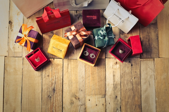 Gift Guide for the Ladies in yourlife.